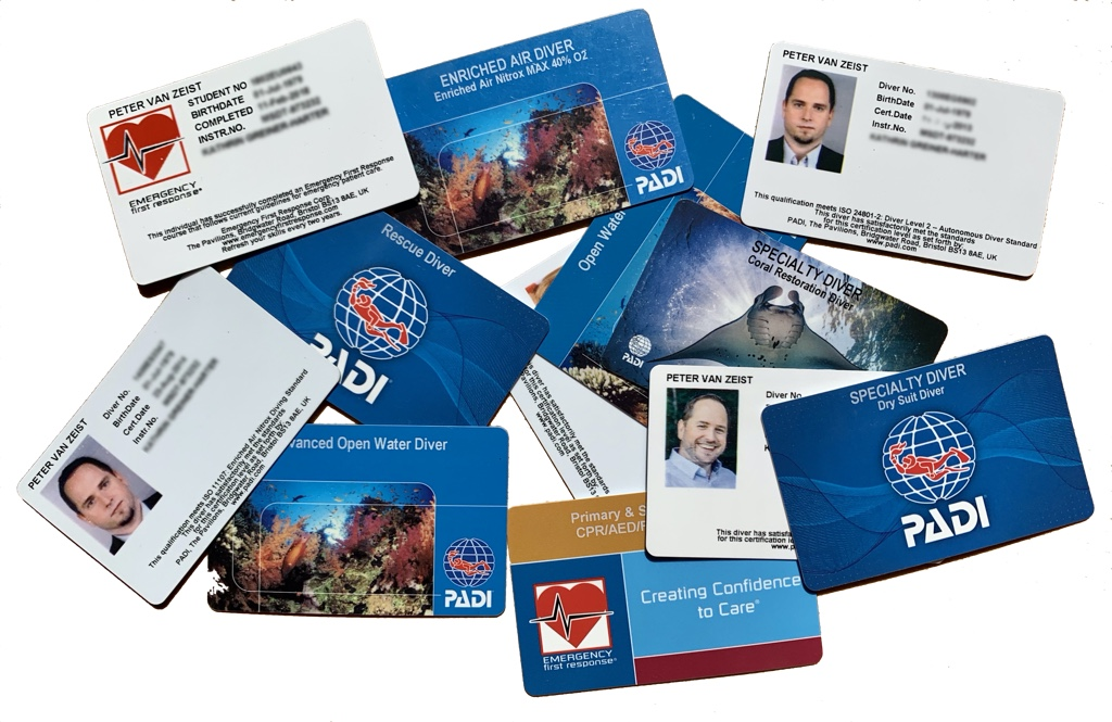 Padi Specialty Brevet Karten